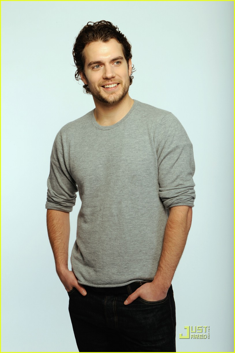 henry-cavill-state-supreme-courthouse-03