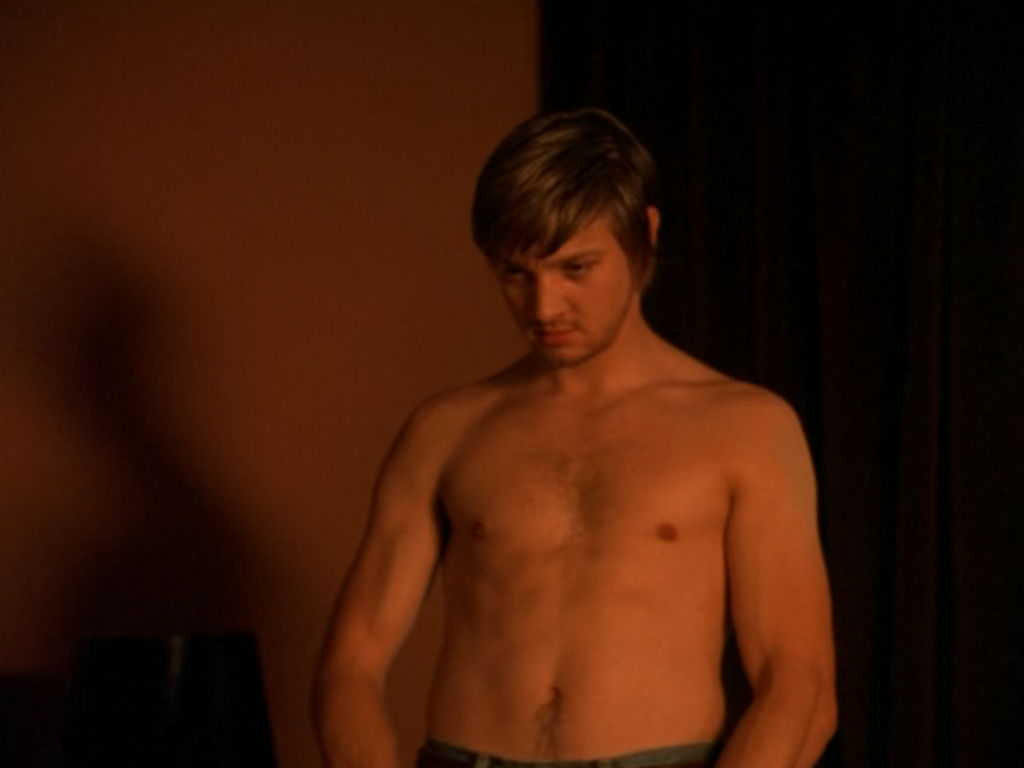 jeremy renner shirtless dahmer