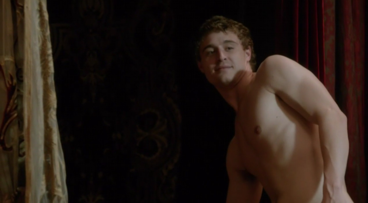 max irons shirtless white queen