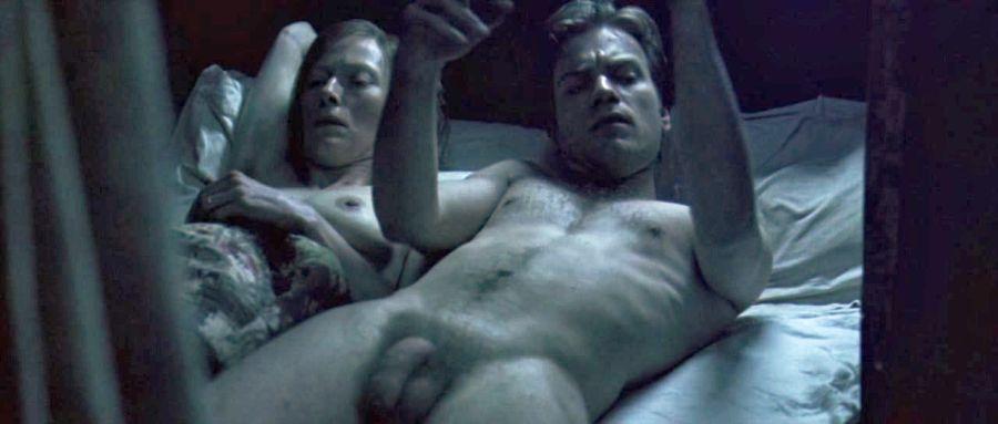 Mcgregor nude ewan Ewan McGregor