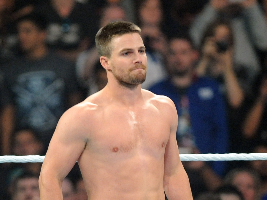 Arrow star Stephen Amell reveals the result of his gym