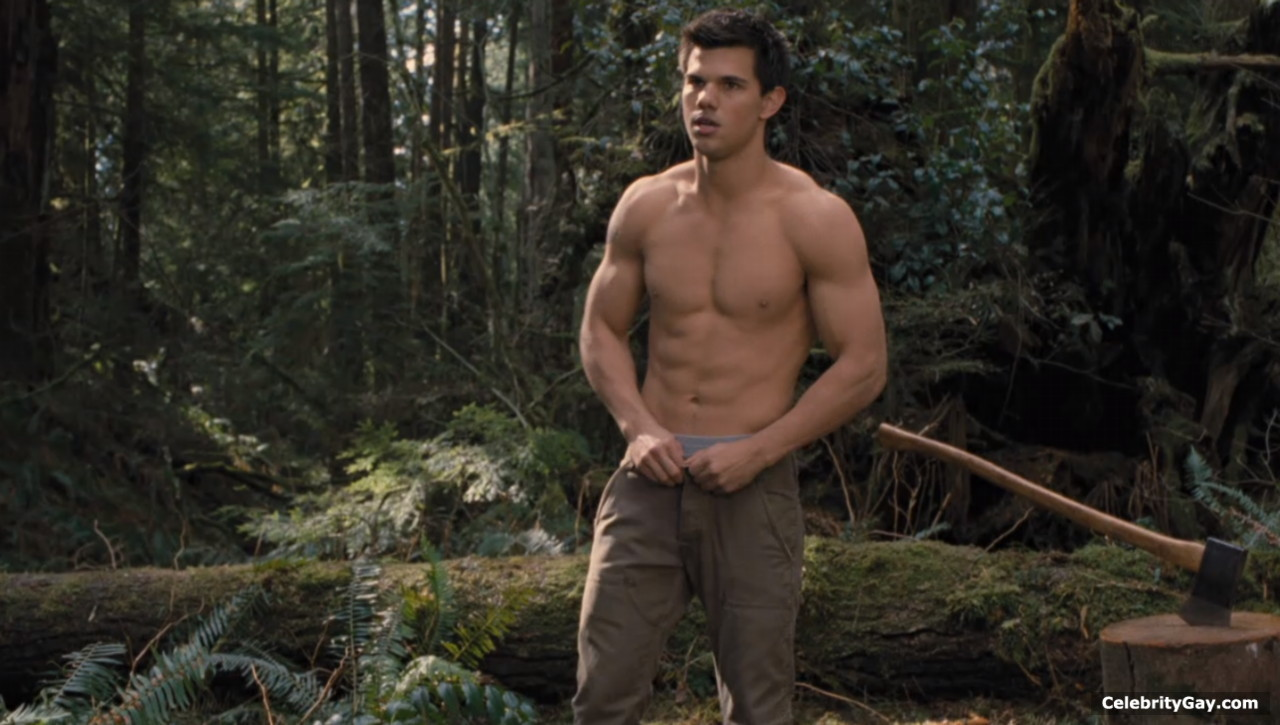 Taylor Lautner Shirtless - The Male Fappening