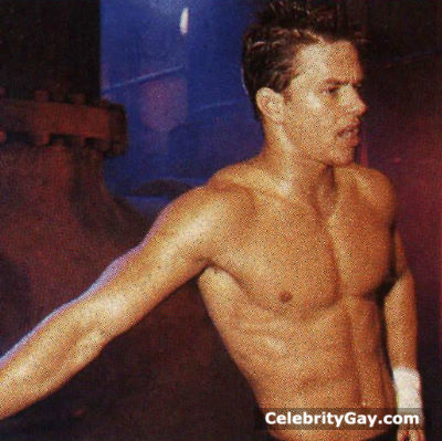 pictures naked of mark wahlberg