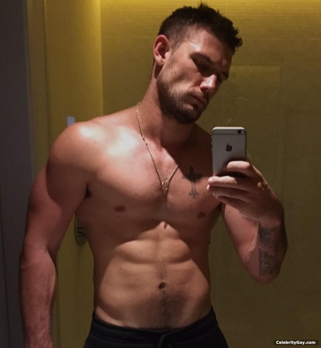 pettyfer nude alex Actor