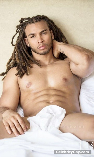naked sexy black male with dreads