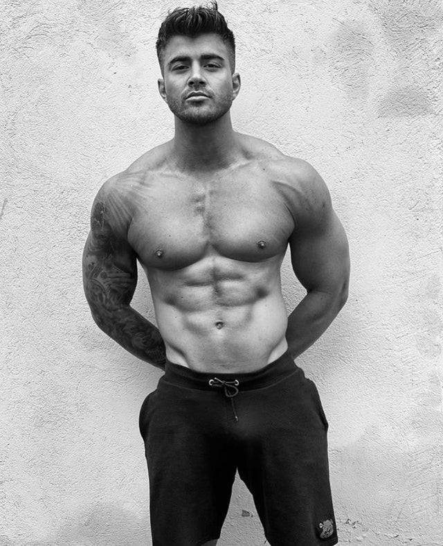 Rogan OConnor Naked - The Male Fappening