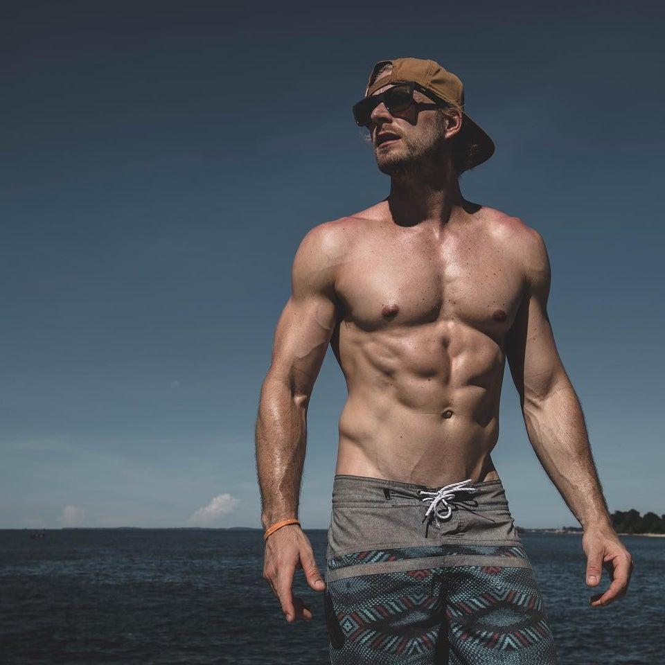 Fabio Grangeon Shirtless (1 Photo)