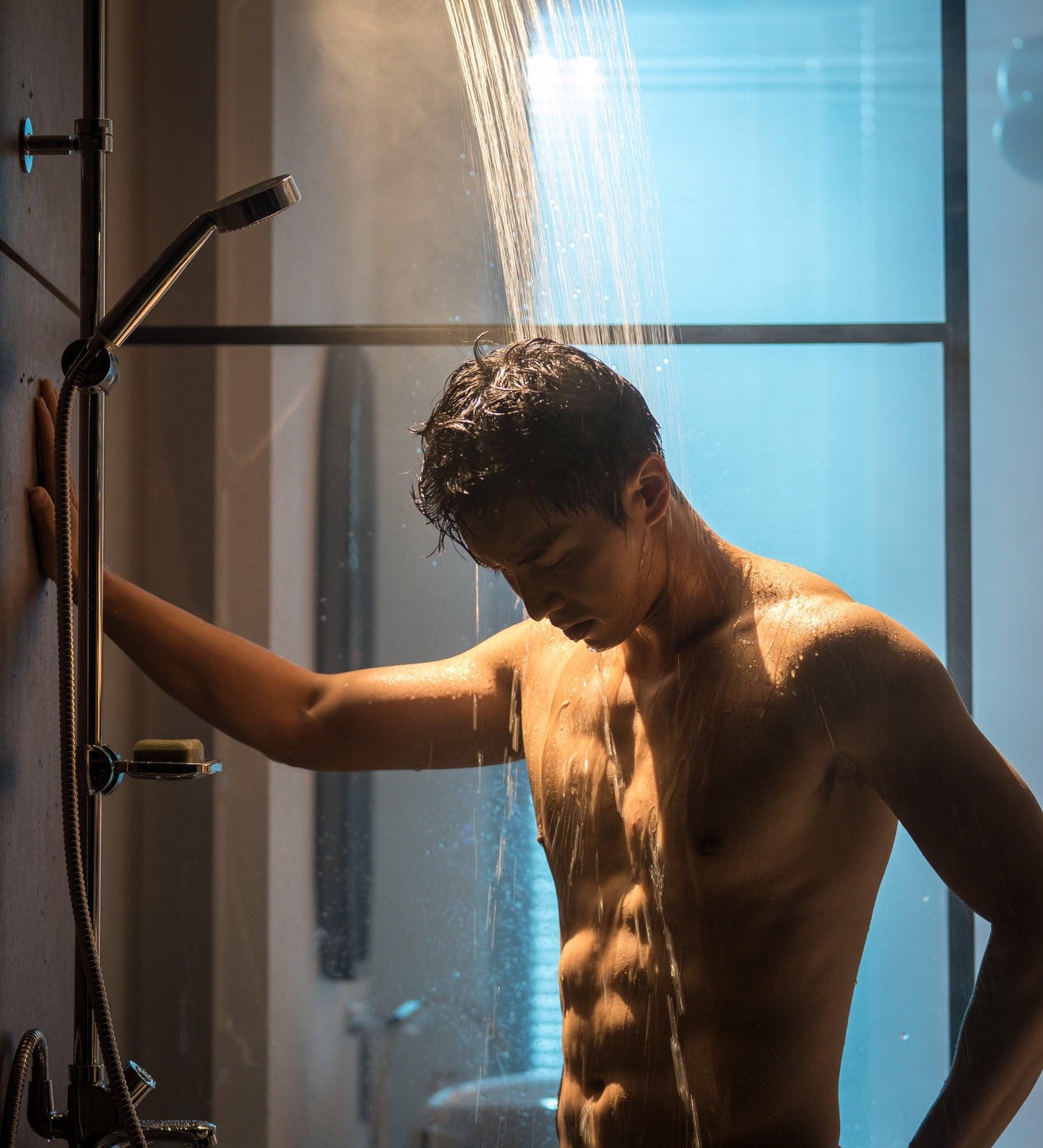 Lee Seung-gi Naked (1 Photo)