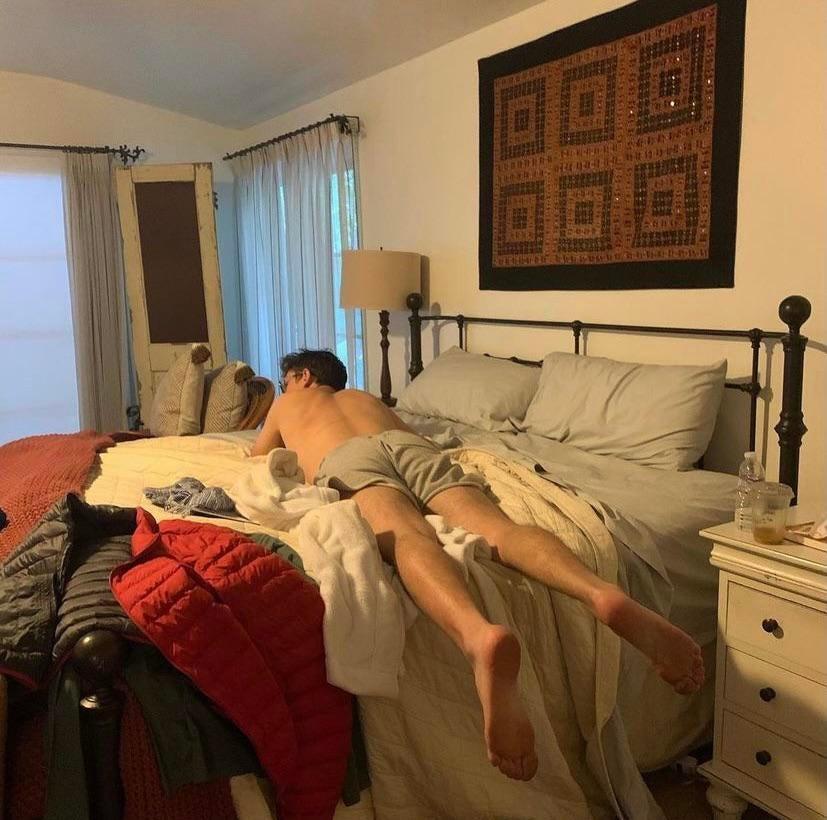 Ryan O'Connell Shirtless (5 Photos)